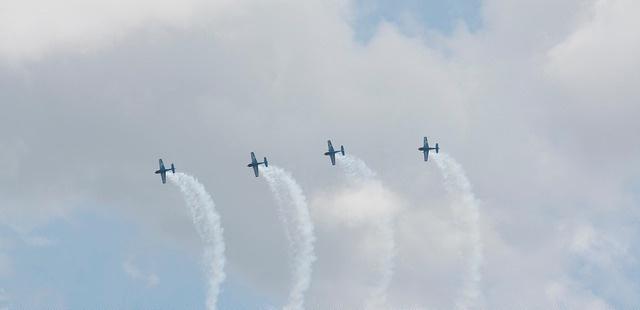 synchronized planes.jpg